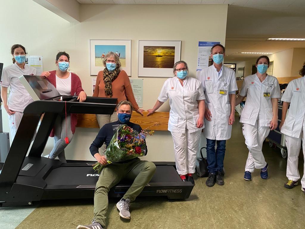 Patrick van der Schaaf doneert met hulp van vrienden en collega's een loopband voor het Amsterdam UMC